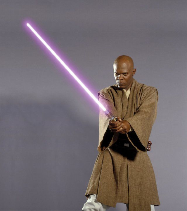 Samuel L Jackson As Mace Windu In Star Wars Vi Revenge Of The Sith 2005 Star Wars Pictures Star Wars Art Star Wars Jedi