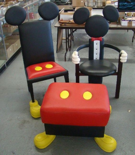 Mickey mouse accent furniture disney knick knacks for Muebles disney