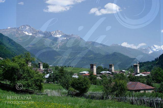 Ushguli village, Svan towers and Kshara mountain (5200m), Georgia. Photo Soili Mustapää.