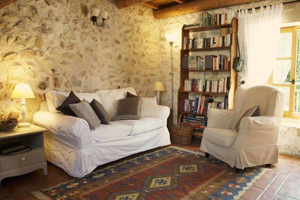Arredare una casa di campagna cascina arredamento for Stili di arredamento interni