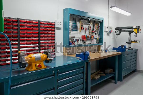 Tools Board Workshop Workshop Scene Miscellaneous Industrial Stock Image Amenagement Atelier Garage Atelier Amenagement