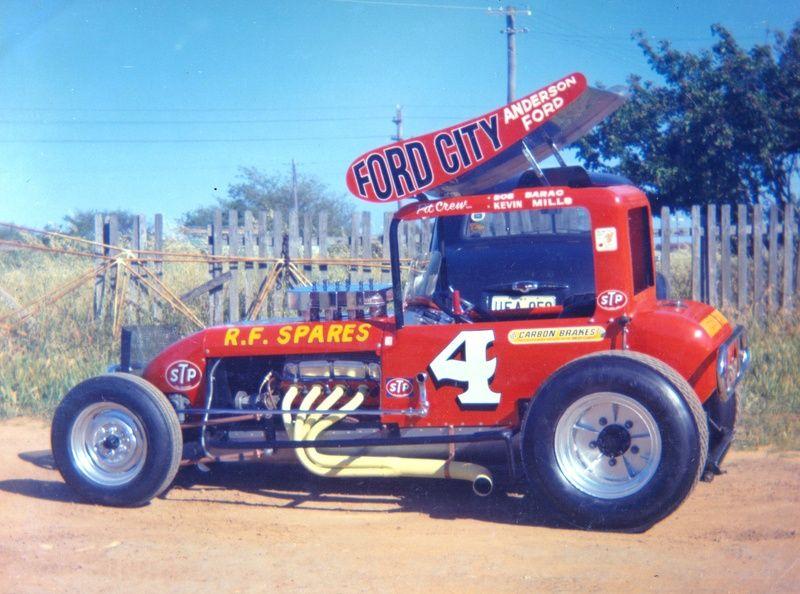 Home/Latest News Classic racing cars, Sprint car racing