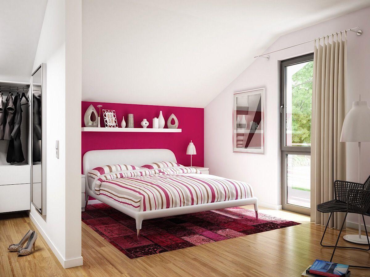 Modernes Schlafzimmer mit Dachschräge, Ankleide & Wandgestaltung Farbe weiß / pink   Ha… mit ...