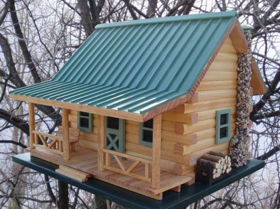Log Cabin Birdhouse by createdbyrene on Etsy Unique bird