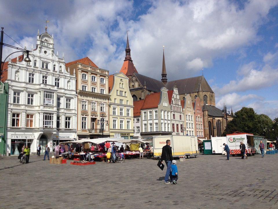Neuer Markt In Rostock Mecklenburg Vorpommern Ambiente