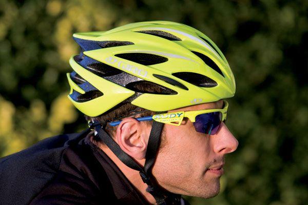 Giro Savant Helmet Review Cycling Weekly Helmet Cycling Helmet Giro