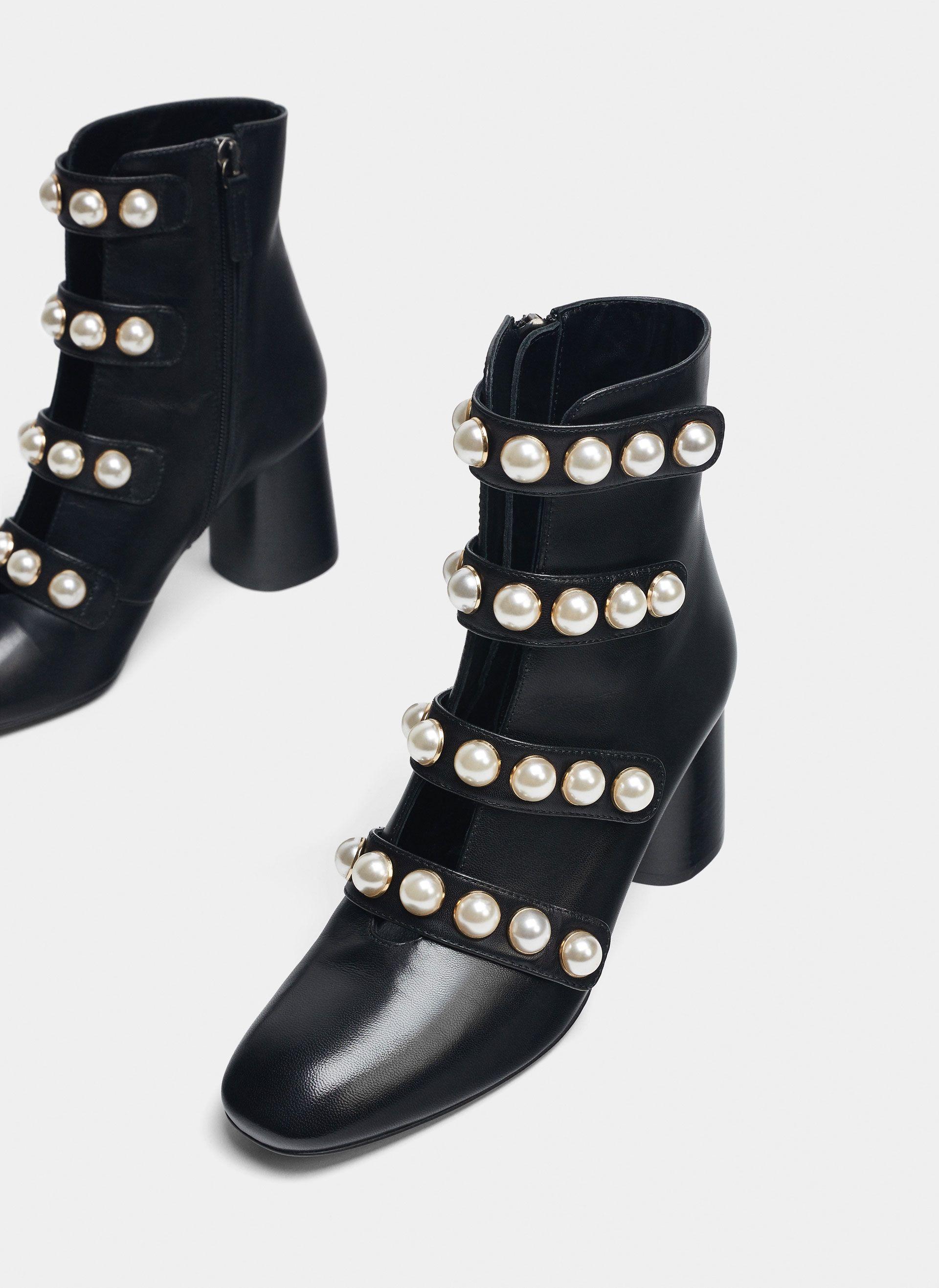 Uterqüe España Product Page - Última semana - Ver todo - Botín negro perlas  - 150