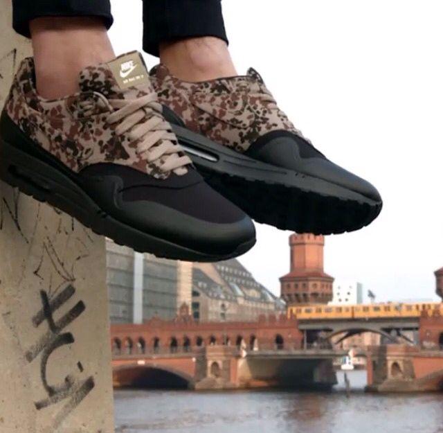 Nike air printed