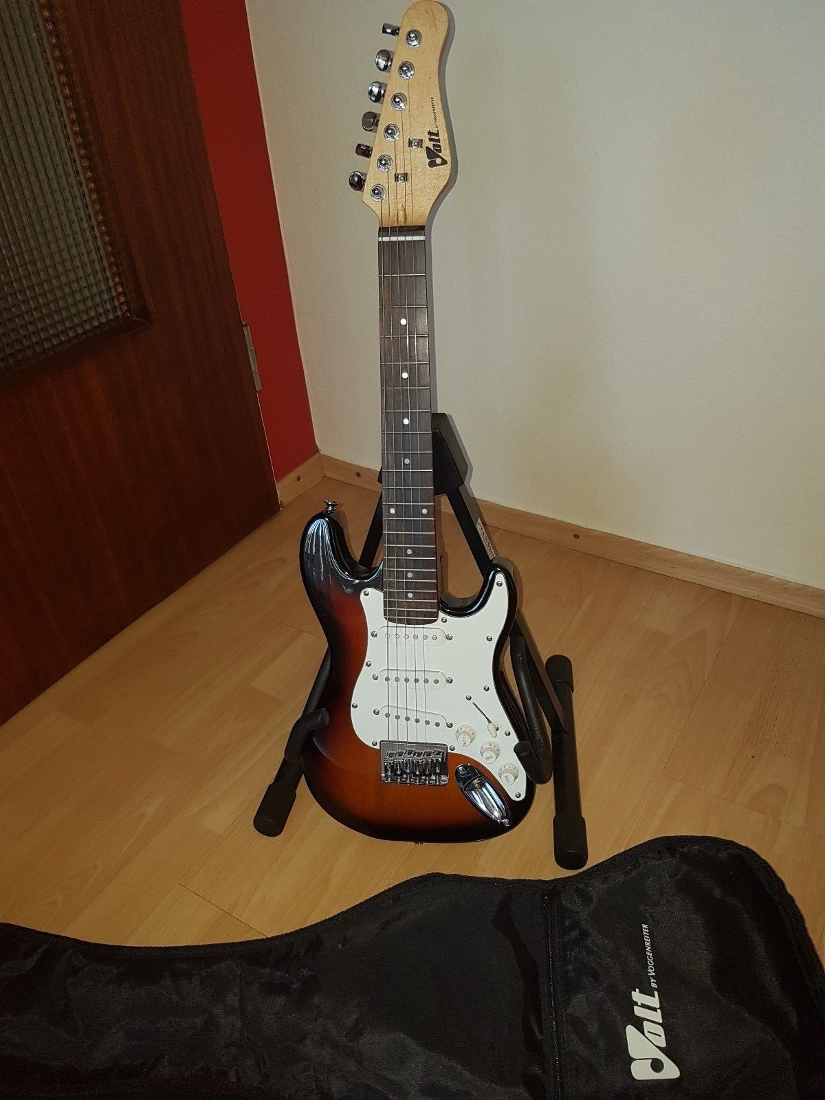 Kinder E Gitarre Volt By Voggenreiter Mit Tasche Von Volt By Voggenreitersparen25 Com Sparen25 De Sparen25 Info E Gitarre Gitarre Ebay