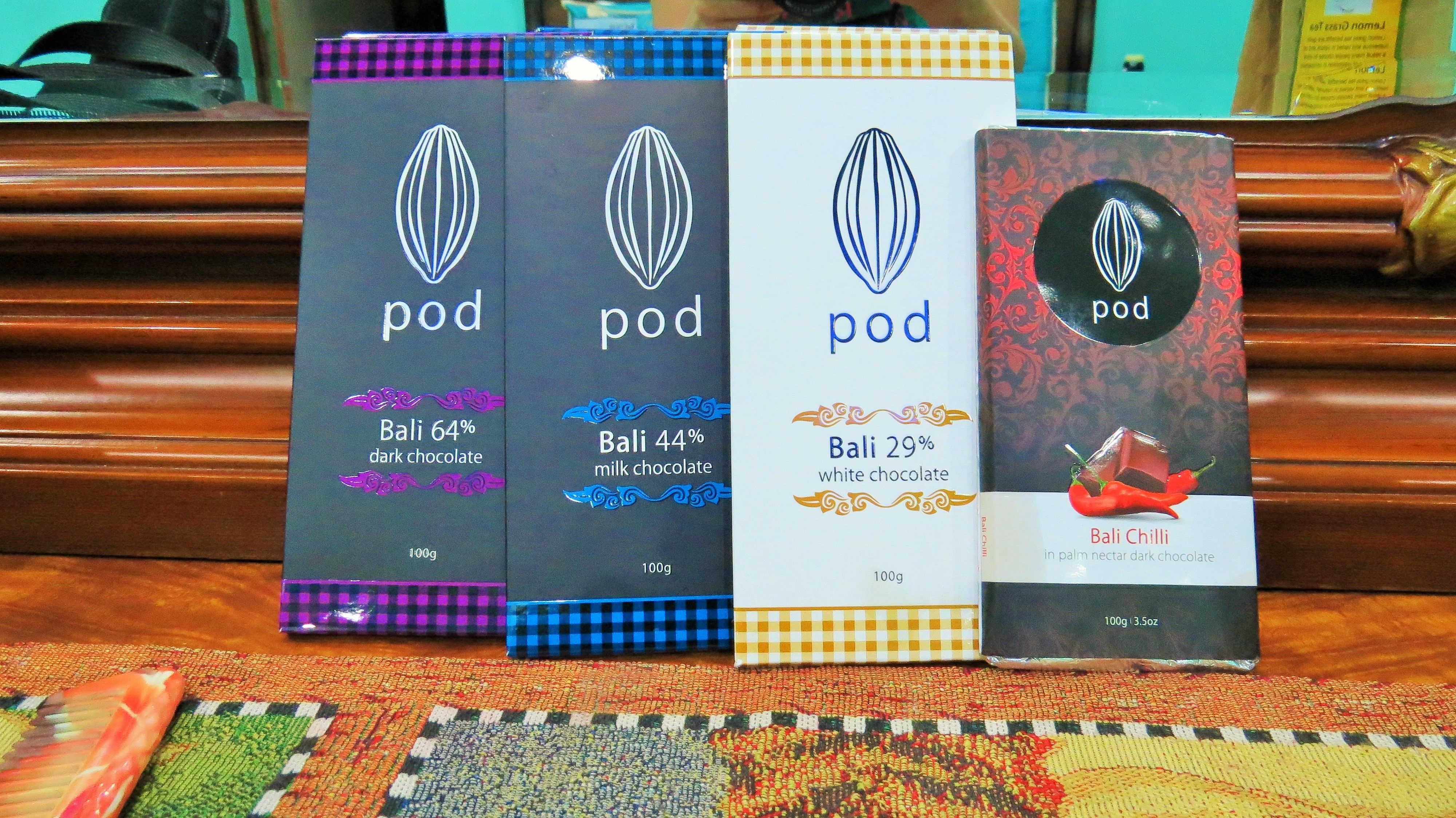 Now this post is chocolate lovers. Pod Chocolate Factory in Bali offers a variety of chocolates (or koklate, which the locals call it ;) ). Specially the one which is also having red chillies in it. It was something different for me. So, I bought it for myself and friends. #MangoTraveler #ThrillThrush #FoodLove #FoodieMe #ChocolateLover #ChocolateLove #DarkChocolates #igersnewengland #maine #lighthouses #seacoastnh #igersmaine #bali #Indonesia #travelphotos #travelbloggers #travelgrams