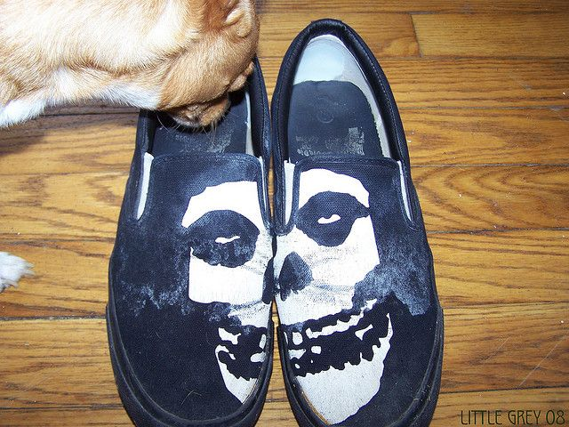 Sniffin the cool shoes