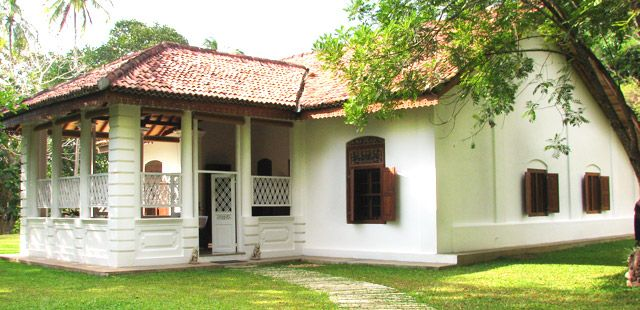 Maya Villa In Tangalle Sri Lanka Old House Design Bungalow Style House Plans House Design