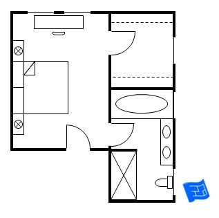 Master bedroom floor plan with the entrance straight into for Small master bedroom plan