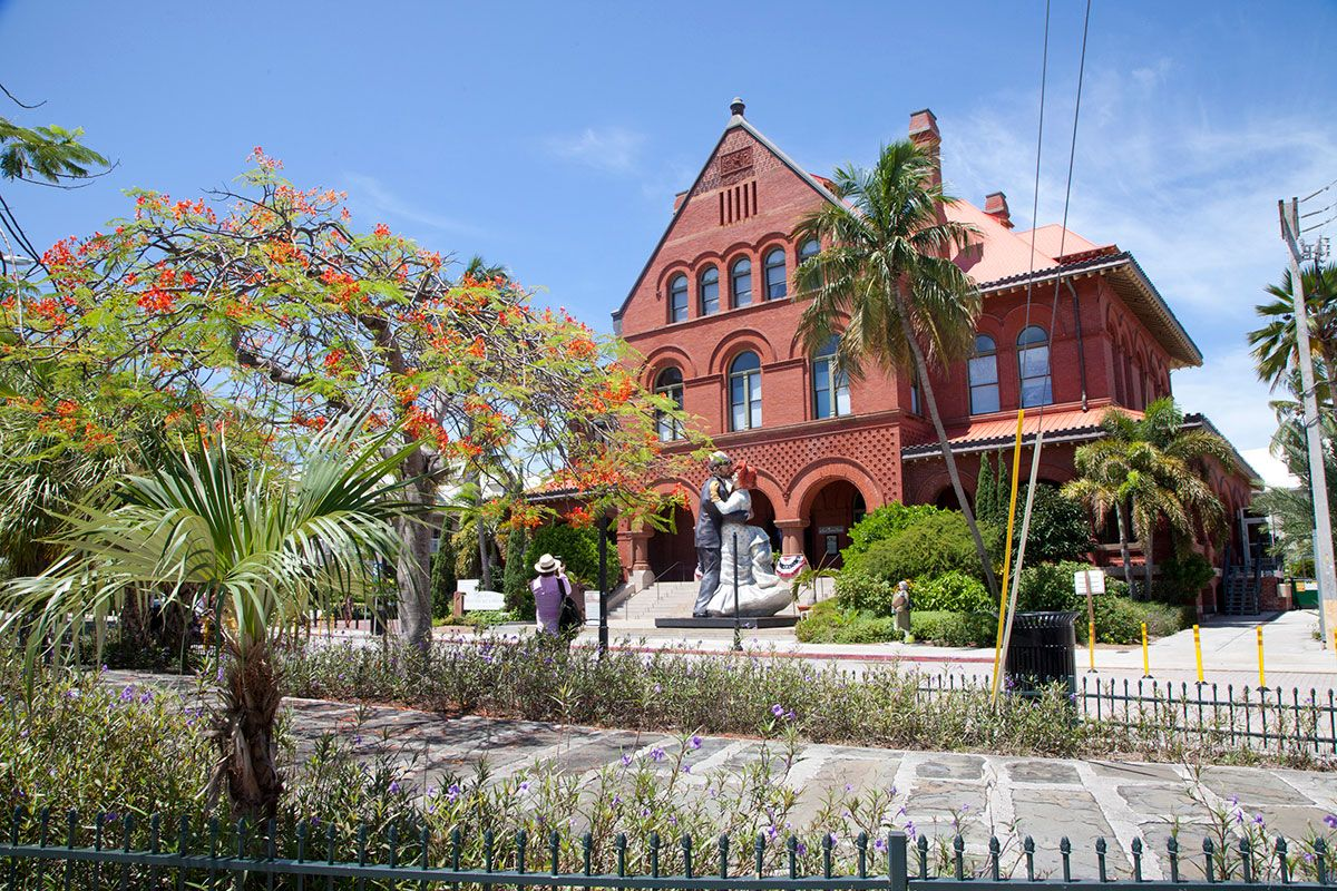 As The Stewards Of Three National Landmarks The Key West Art Historical Society Educates The Local Com Haunted Tours National Landmarks Key West Attractions