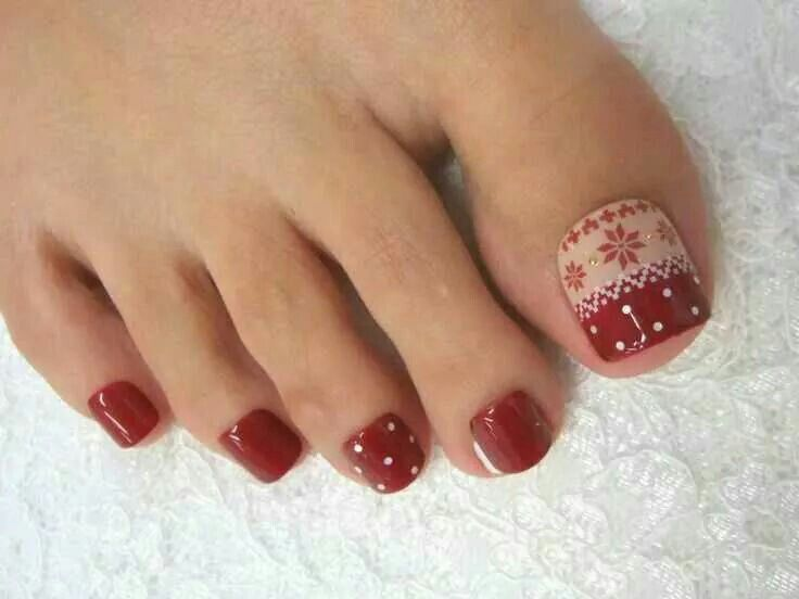 Very cute christmas pedicure hair nails pinterest toe nail art prinsesfo Image collections