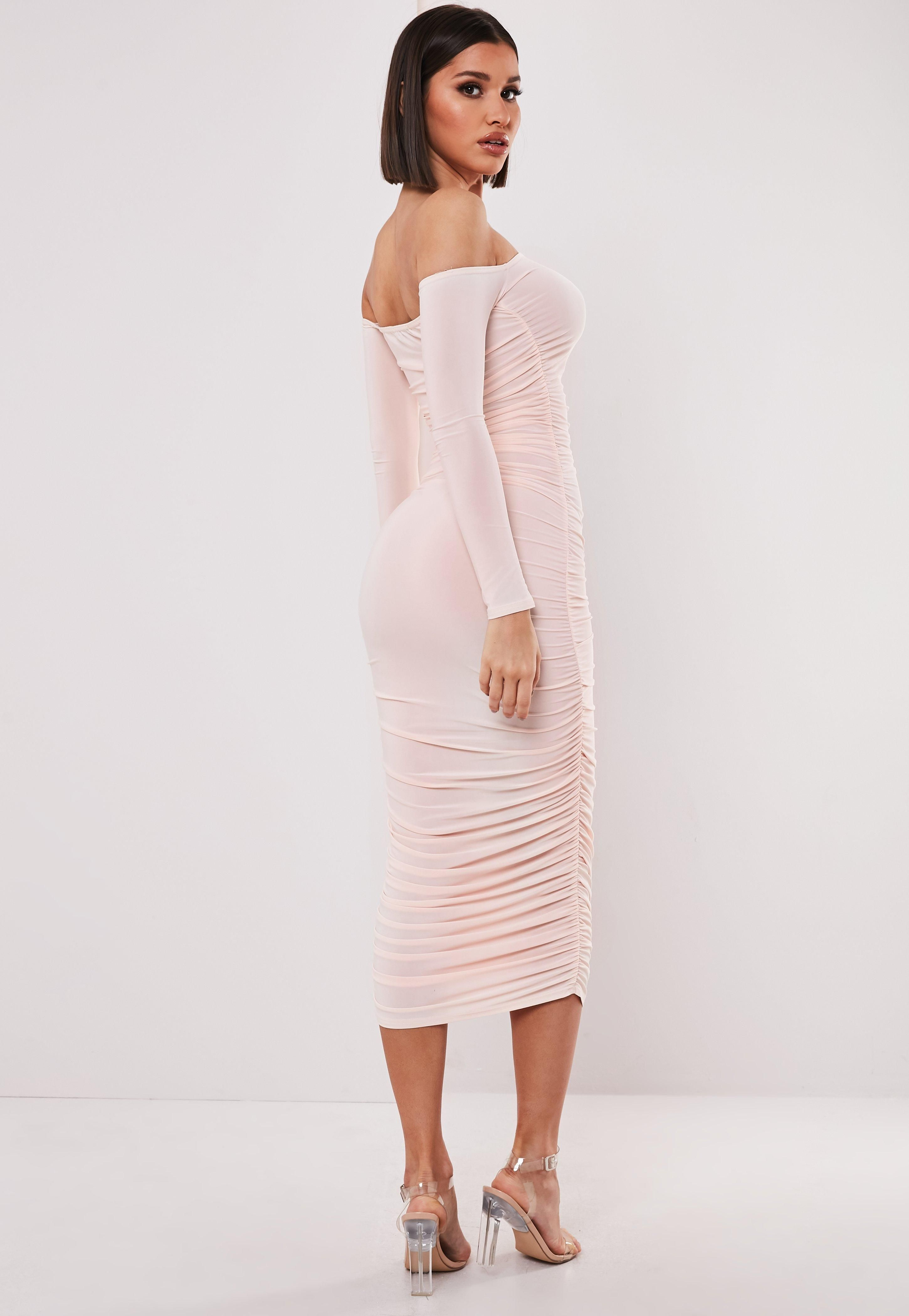 c40435cc112e Pin by Ania Neal on Fashion Must-Haves | Dresses, Nude bodycon ...