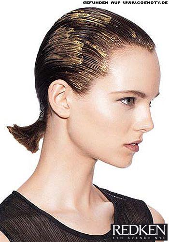 Frisuren Bilder Strenger Mini Zopf Im Wet Look Frisuren Haare Frisuren Bilder Glatte Haare Haar Styling
