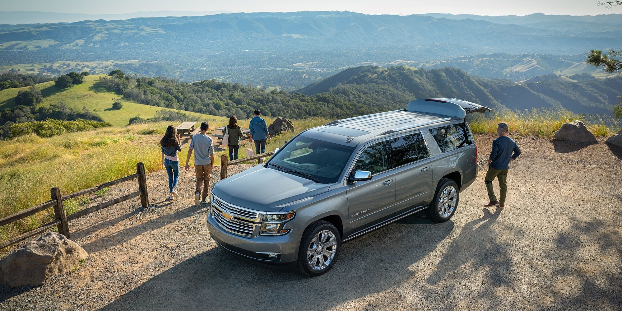 2019 Suburban Large Suv Avail As 7 8 Or 9 Seater Suv