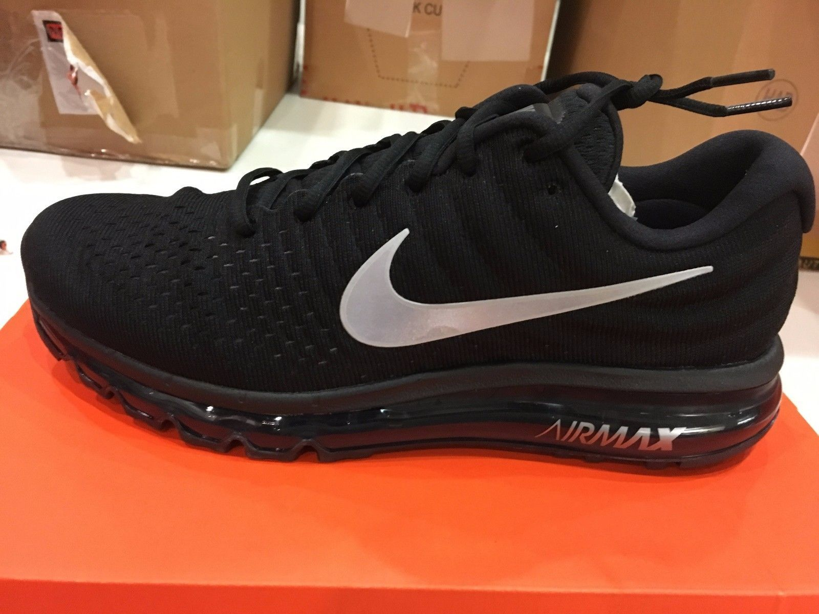 low priced 47e8b 8c62f NIKE AIR MAX 2017 NEW IN BOX! MENS SIZE 10.5 ONLY  110.00 WITH FREE  SHIPPING!
