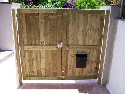 Puertas de madera hacer bricolaje es for Puerta palets
