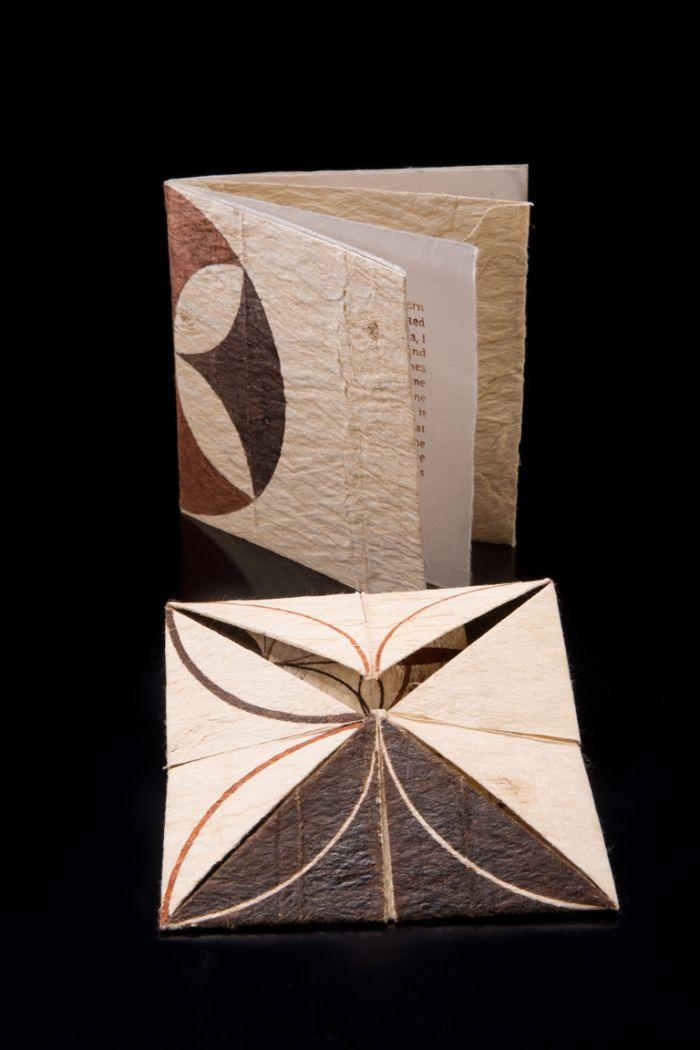 Manulua Bookart | Gary Barton | Ngatu Variations in Origami