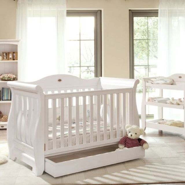 Love The Crib With Images Luxury Nursery White Nursery Cot