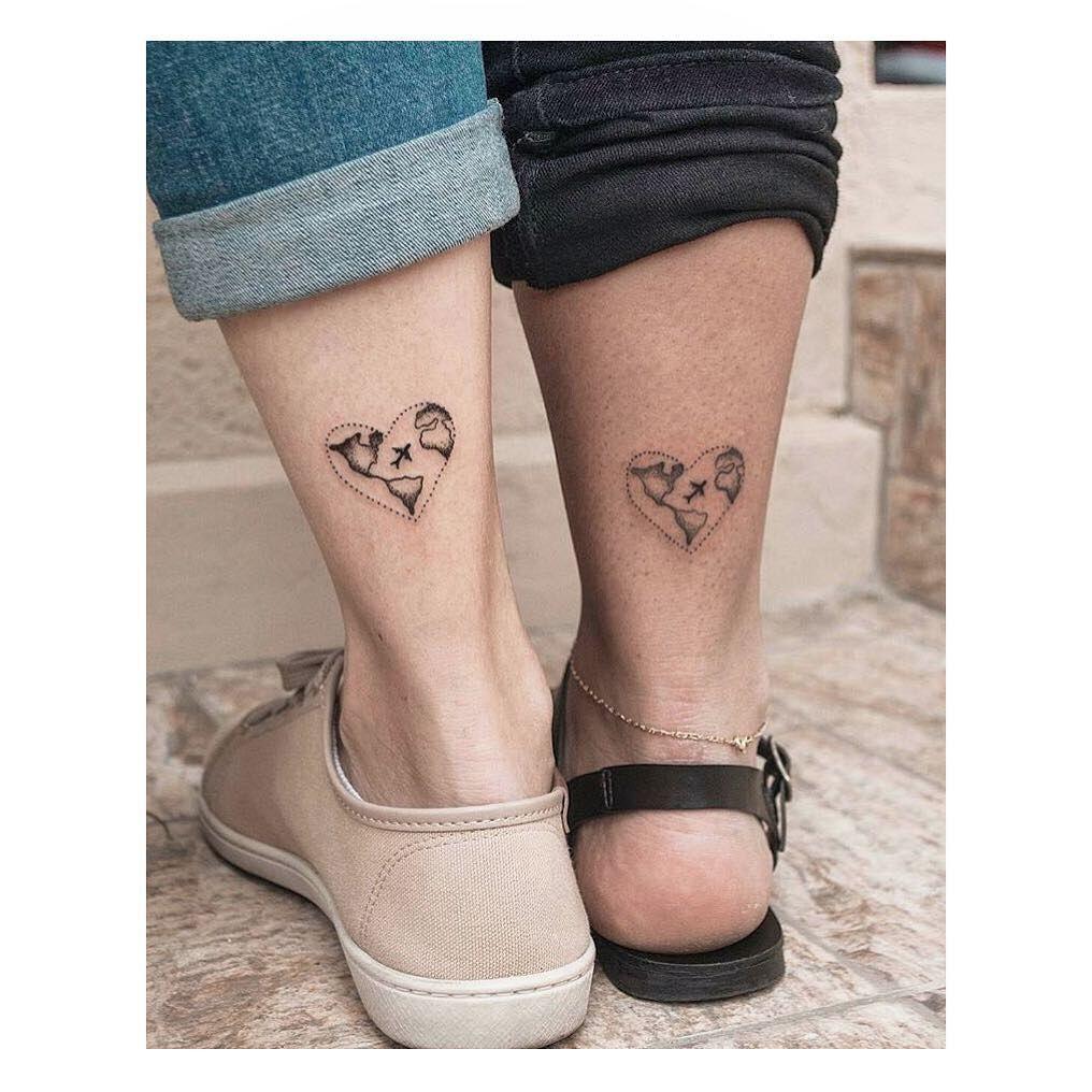 Te Quieres Hacer Un Tatuaje En Pareja 50 Ideas Que Son Romanticas Y Hermosas Tatuajes De Parejas Disenos De Tatuaje Para Parejas Tatuajes Que Hacen Juego