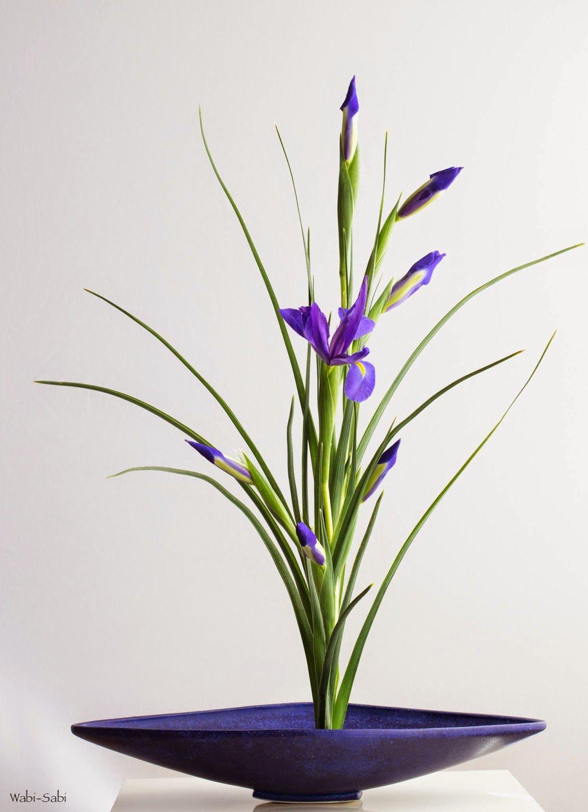 Classic Blue WABI-SABI | floral arrengments 2 | Pinterest | Arreglos ...