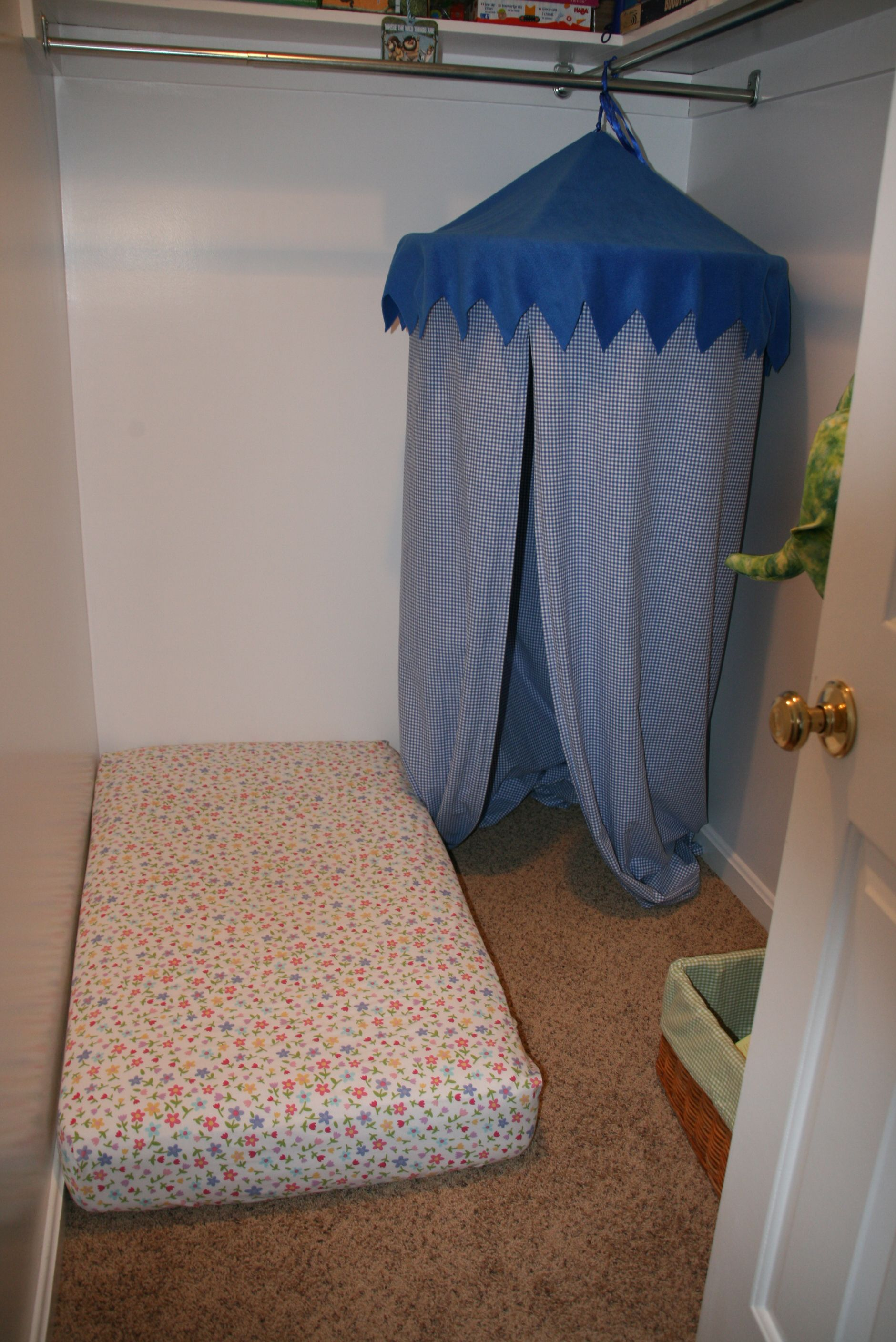 reading nook for the kiddos in the closet i made the canopy out