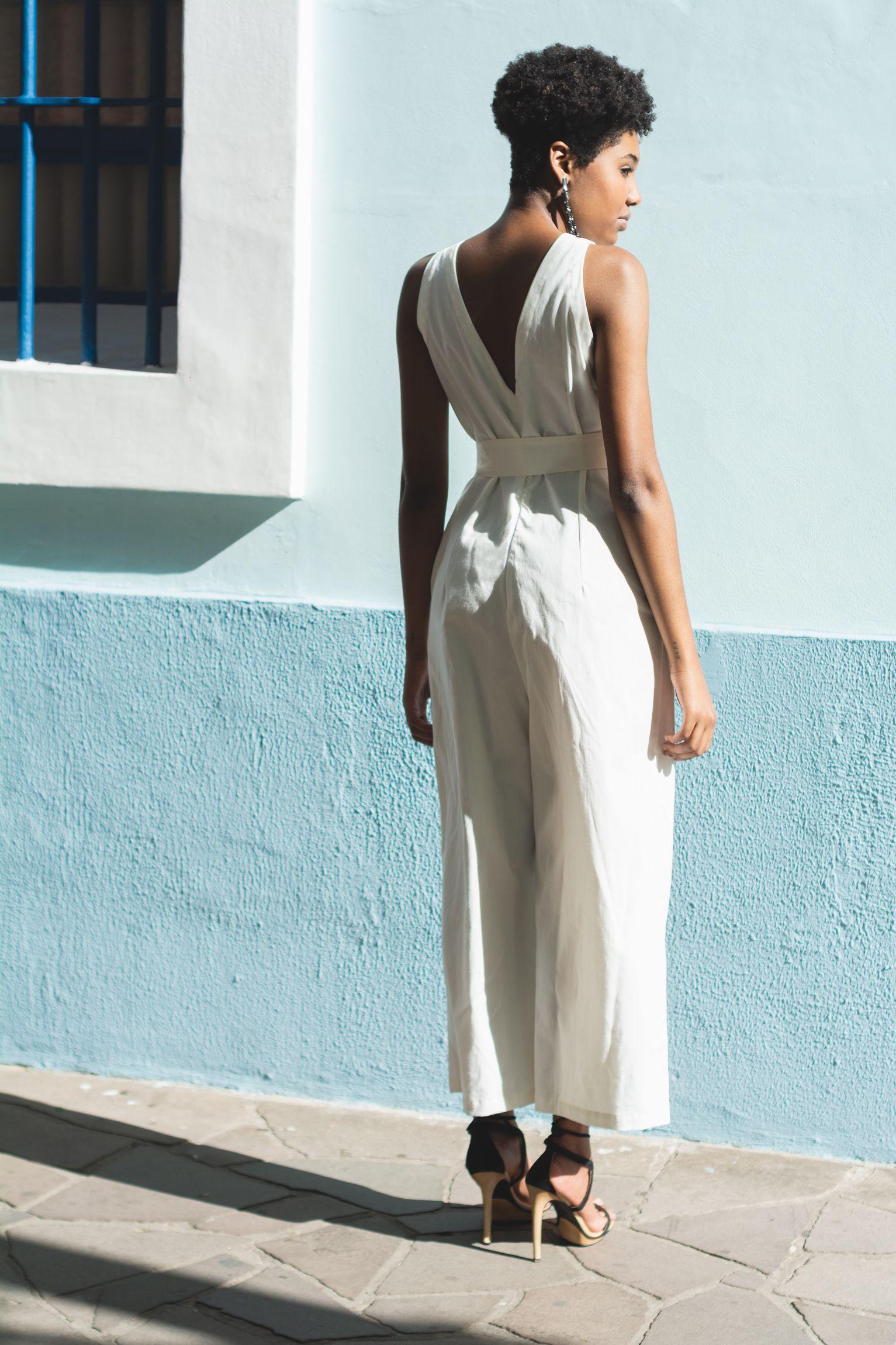 Macacao Pantacourt De Algodao Organico Da Brisa Slowfashion White Dress Fashion Jumpsuit