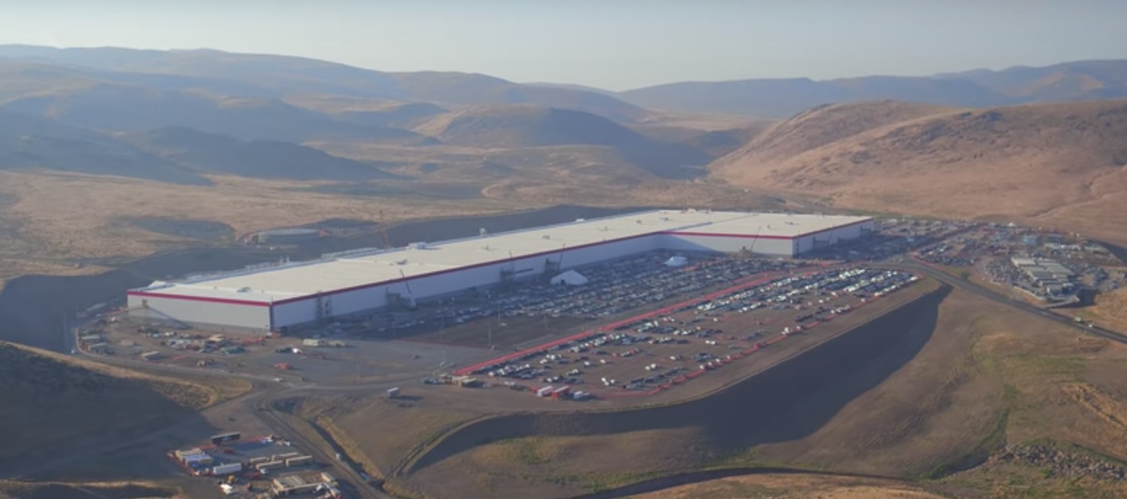 Tesla Gigafactory Is Already Producing More Batteries Than Any Other Factory In The World Says Elon Musk Fred Lambert Aug 8th Tesla New Drone Drone Video