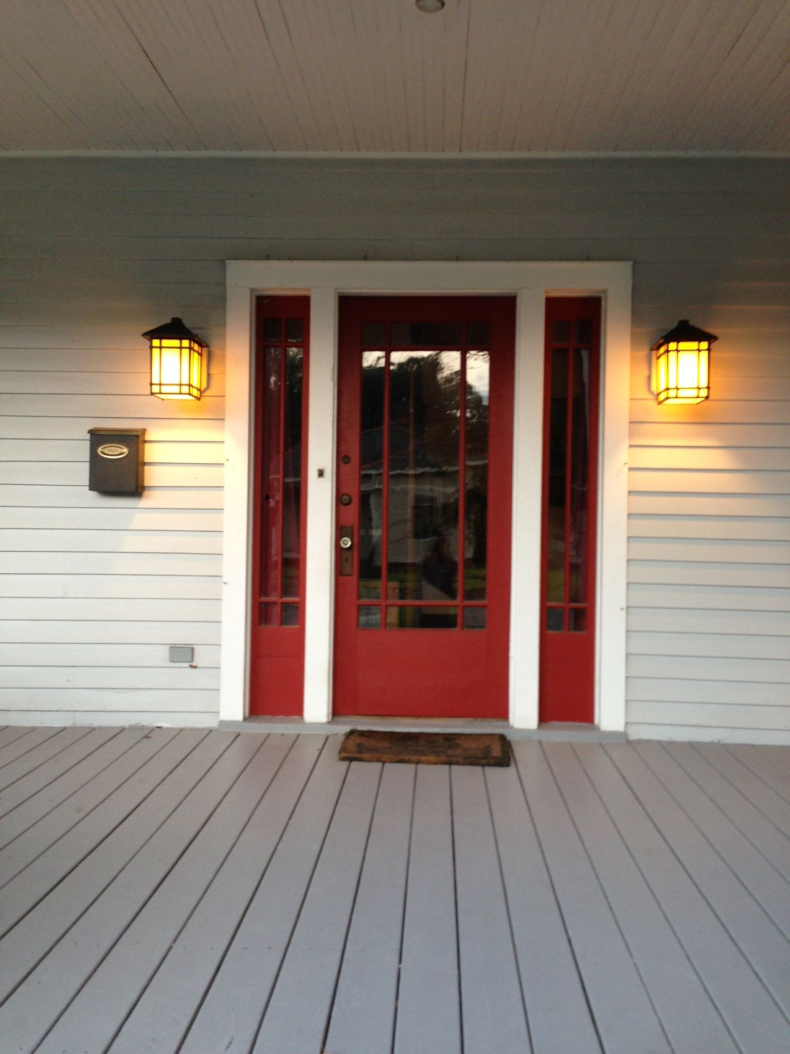 Craftsman Front Doors Craftsman Porch Facade House: Craftsman Exterior Light And Paint Colors For My Red Door