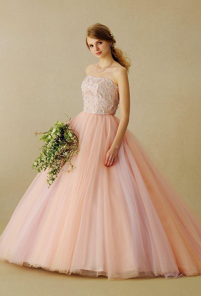 4275262c66dc0 オレンジ、ピンク、ラベンダーの3色が織り成す美しいニュアンスカラーが魅力なパステルカラードレス♪ウェディングドレス・花嫁衣装の参考一覧まとめ♪