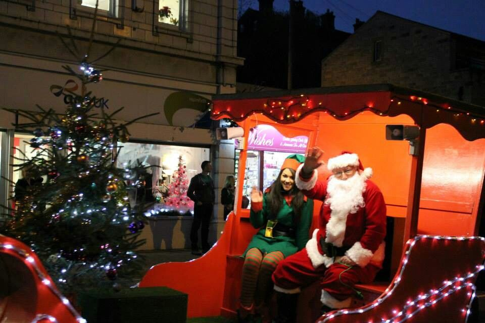 Father Christmas And His Little Elf Holmfirth Christmas Lights Switch On 23 11 2013 Photograph Credit Kerry Christmas Lights Holmfirth Father Christmas