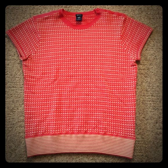 GAP sweater Very soft and cute GAP sweater GAP Sweaters