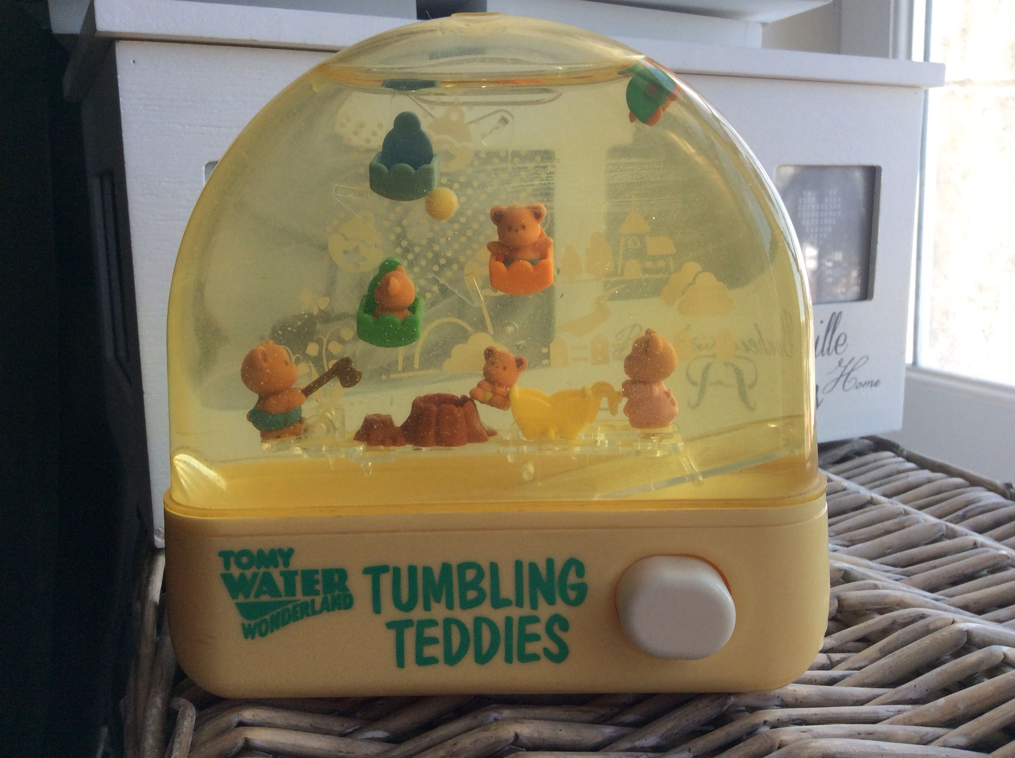 TOMY WATER GAMES / AQUA JEUX TOMY Cuties Bubbly Bear