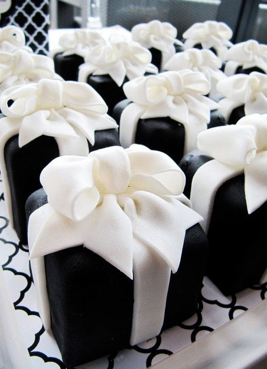 black and white themed party sweet 16 black and white theme party