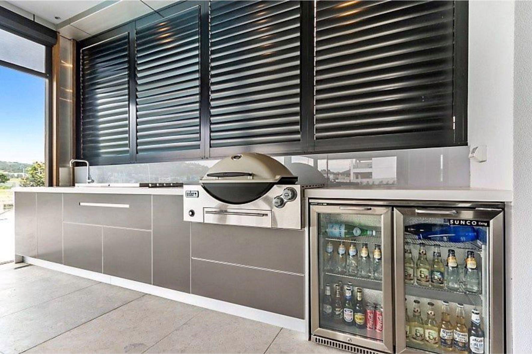 45 Amazing Outdoor Kitchen Design Ideas For Spring In 2020 Outdoor Kitchen Design Outdoor Kitchen Design Layout Outdoor Bbq Kitchen