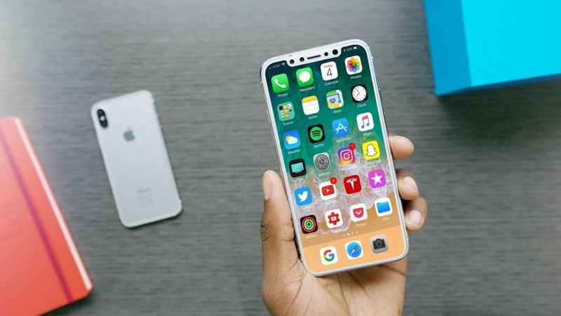 iPhone X: Software leak appears to confirm name, features