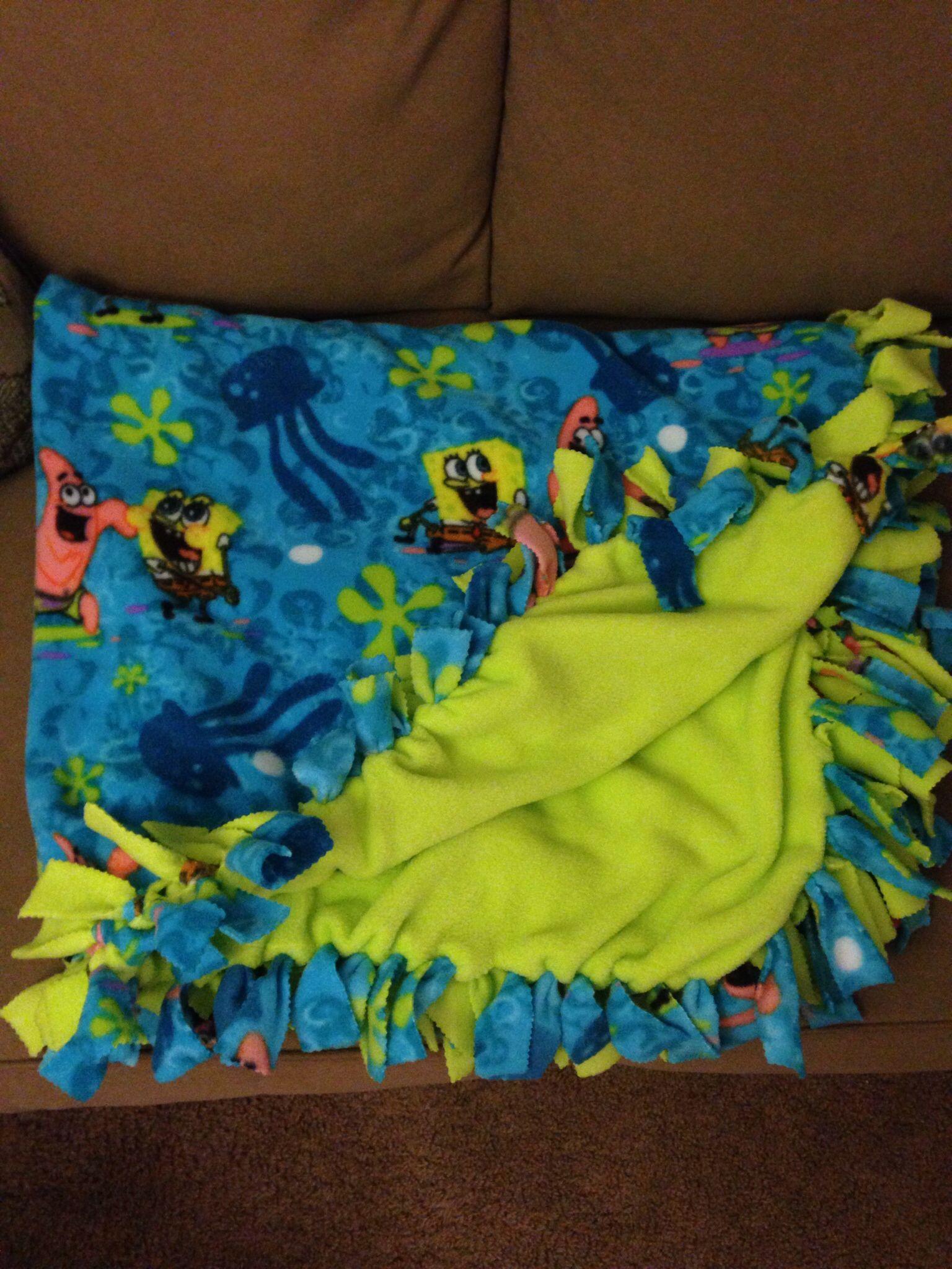 Fleece tie blanket instagram craftymommy fun u creative stuff