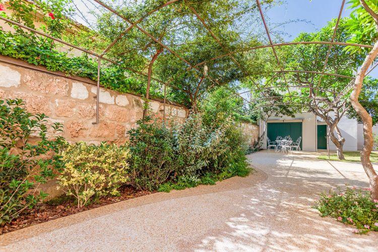 Ein mediterraner Garten in Sizilien und wie zwei Italiener ihn - garten gestalten mediterran