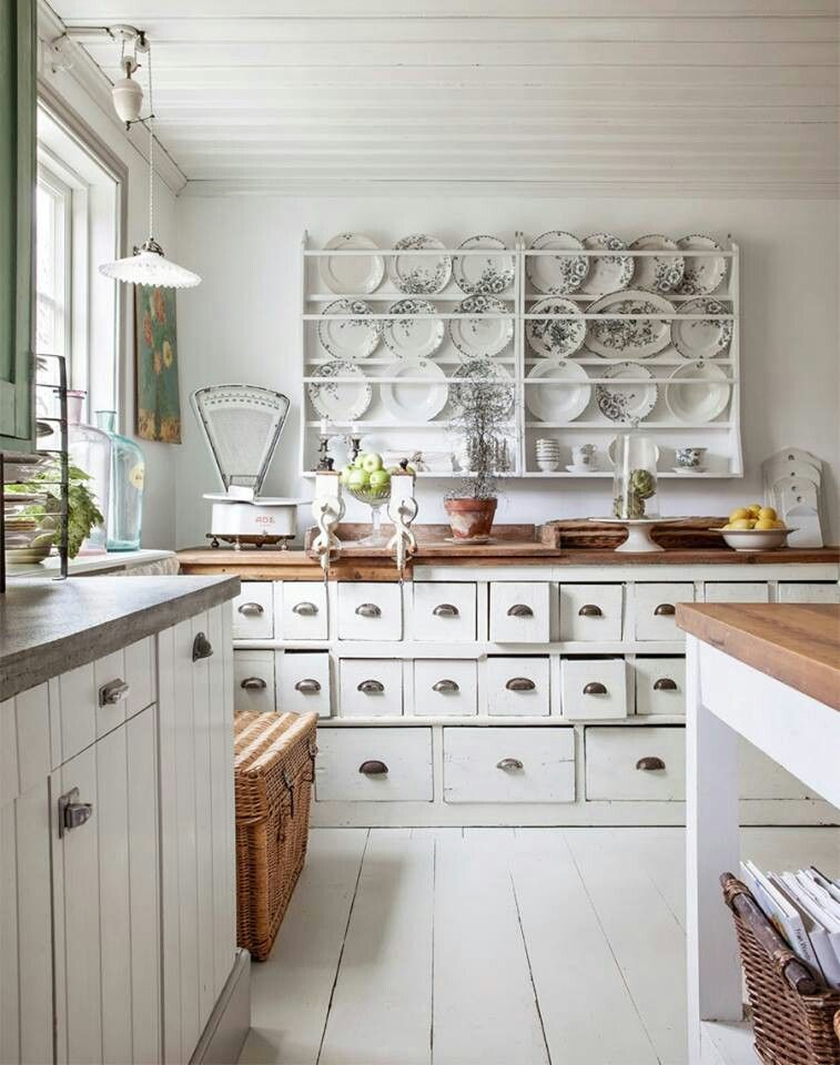 Kitchen.  love the plate rack