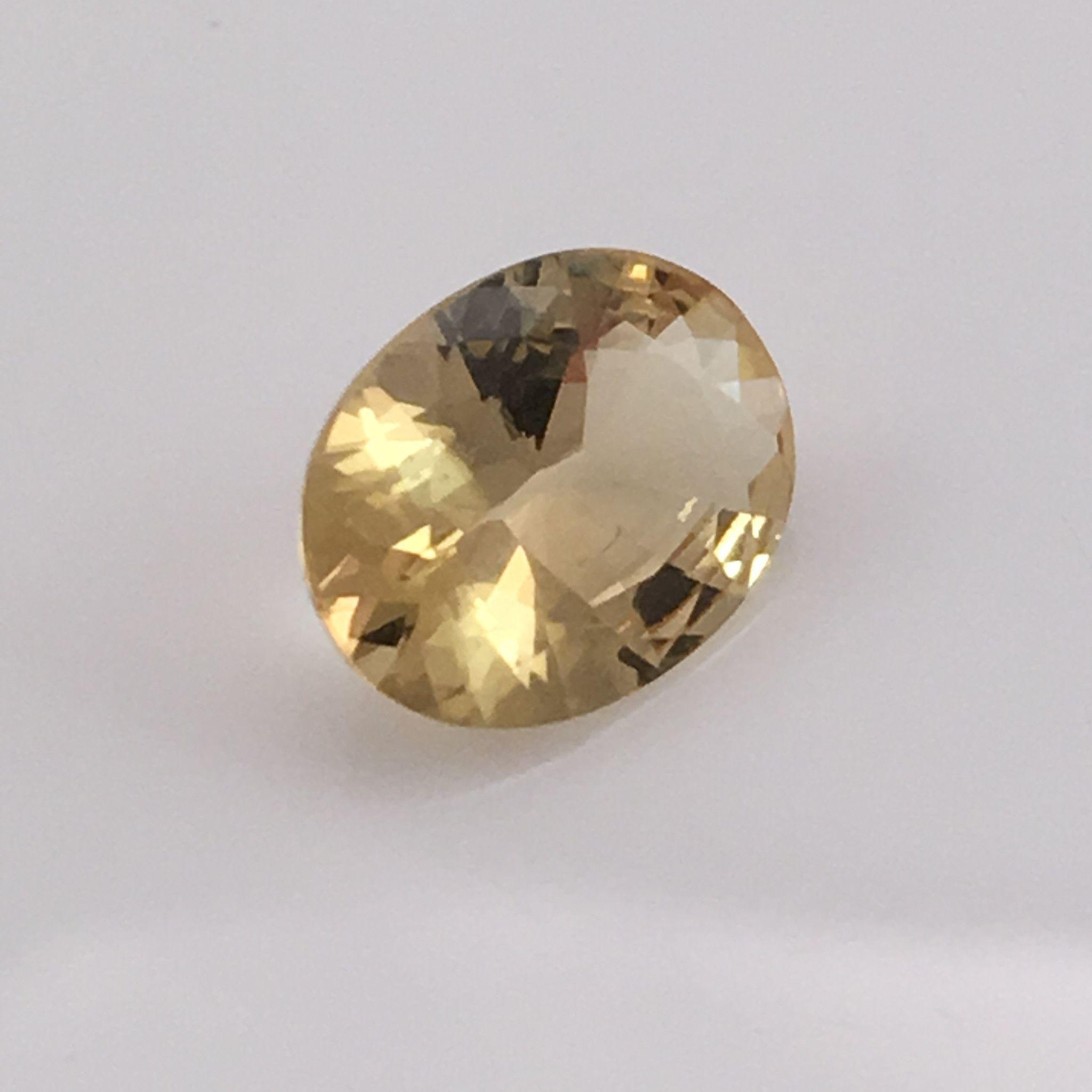 1.9 carat Golden Beryl Gemstone Gemstones, Golden beryl