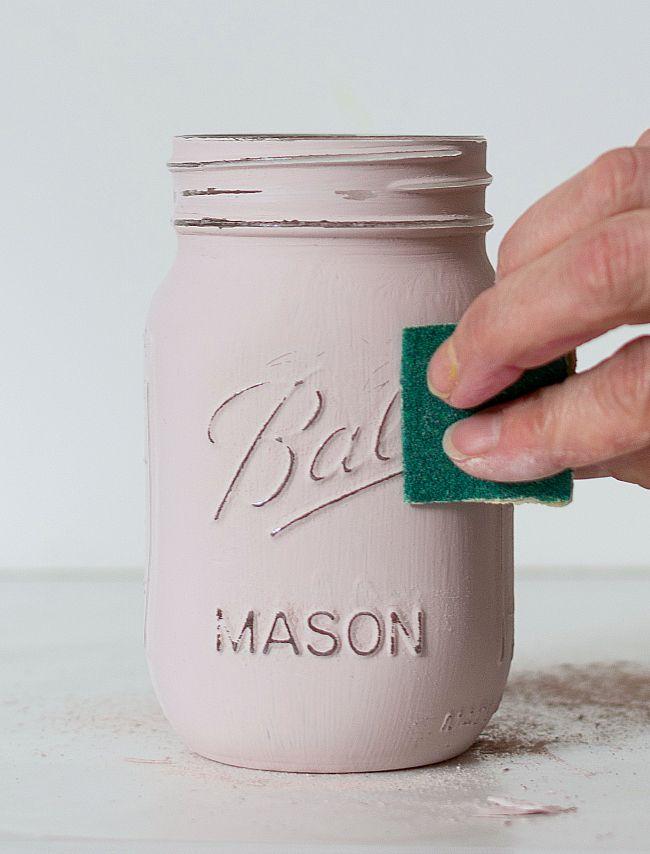 How To Paint and Distress Mason Jars #masonjarcrafts