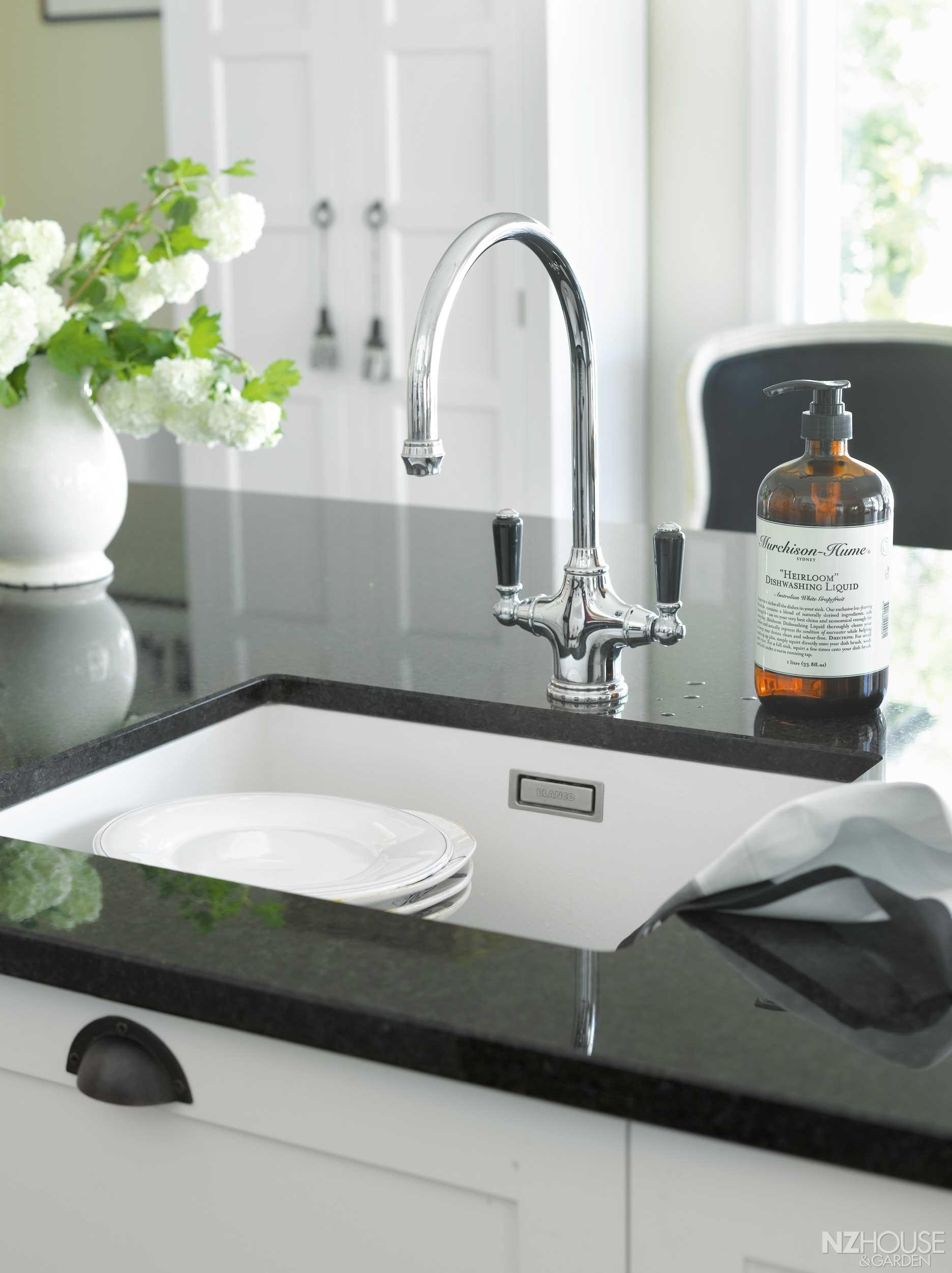 Expert Tips NZ House and Garden House, Kitchen design