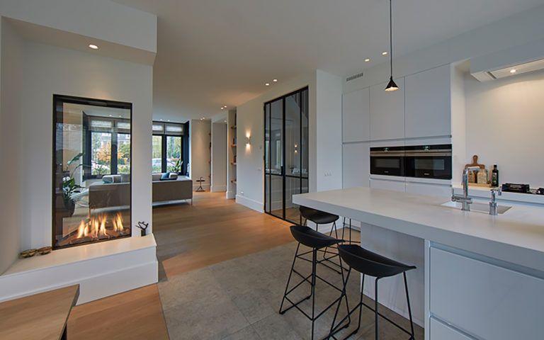 Photo of Tijdloze villa met klassieke details | AA+ Ontwerpbureau