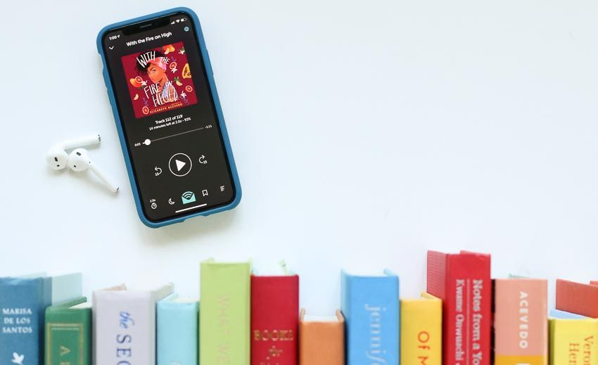 10 Favorite Audiobook Narrators Plus 30 Excellent Audiobooks They Narrate Modern Mrs Darcy In 2020 Audio Books Audiobooks Narrator