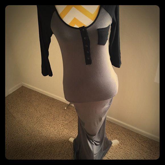 Henley maxi Like new flattering fit Tart Dresses Maxi