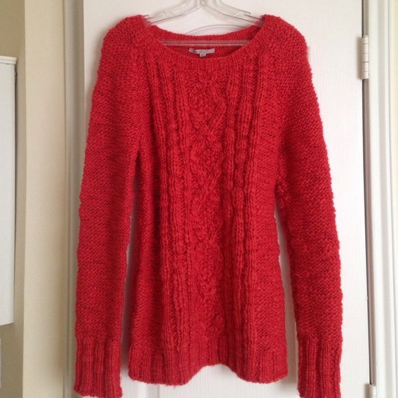 Gap tomato red/orange M nubby sweater This is a soft big thick ...