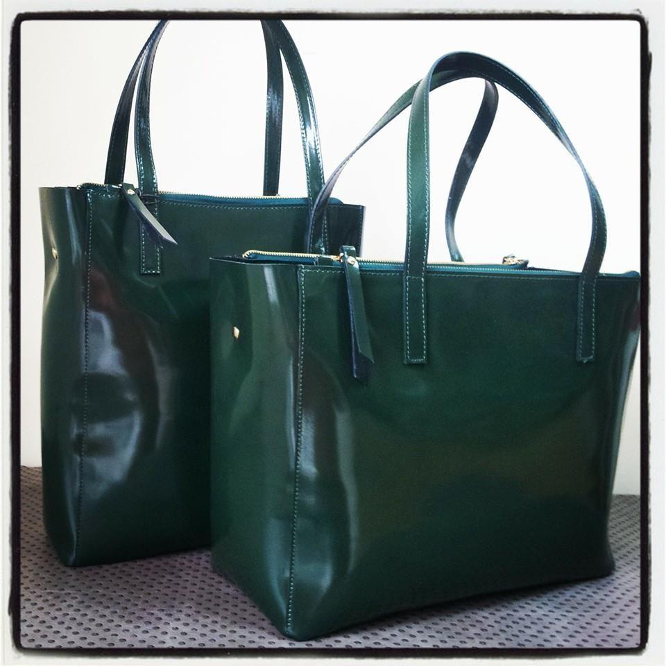 Realizziamo borse e accessori per donne alla moda che amano potersi prendere cura di se stesse-
